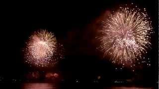 Fuegos artificiales Viña del Mar, Chile 2012. Bahía de Valparaíso... Increíbles... Gracias a @jannyzuniga que tuvo muy buen ojo...