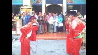 Atraksi Palang Pintu (Pantun & Silat Betawi) oleh Pemuda RW 06 TDU. Lucu, Unik, Keren Bangeeet...