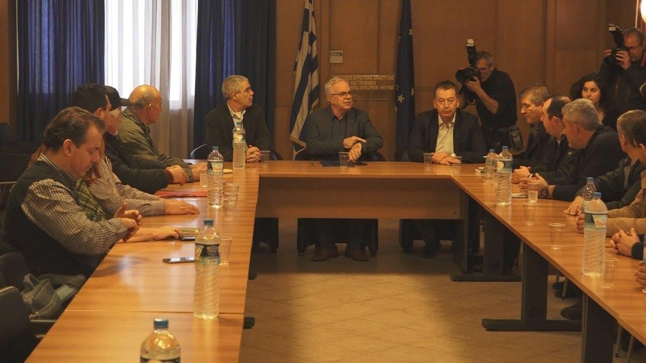 Συνάντηση τευτλοπαραγωγών με τον υπουργό Αγροτικής Ανάπτυξης και Τροφίμων, Βαγγέλη Αποστόλου