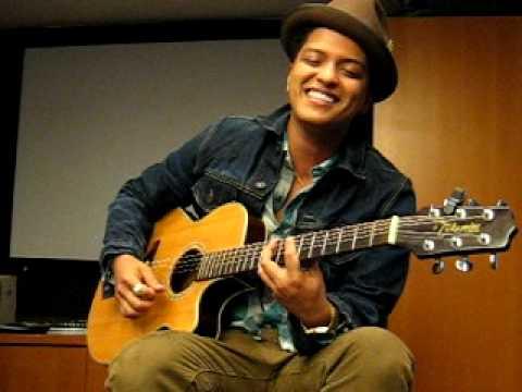Bruno Mars participará de homenagem aos Beatles