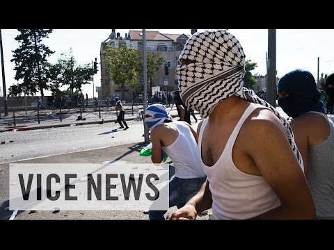 Israel - Subscribe to VICE News here: http://bit.ly/Subscribe-to-VICE-News On June 12, three Israeli teens were kidnapped while hitchhiking through the West Bank city...