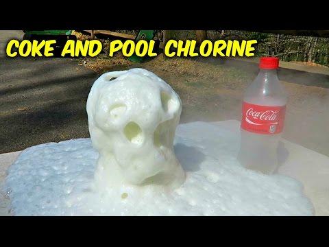 在可樂中加了神祕白粉末~竟產生比曼陀珠更神奇驚人反應