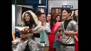 Teuku Rassya dan Aurel Hermansyah - Sweet Moment