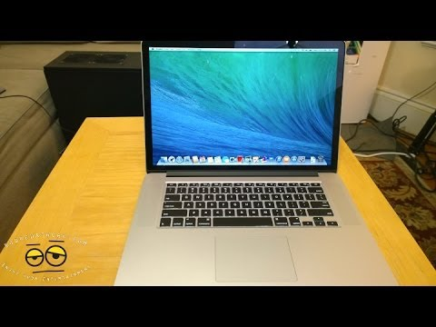 new Macbook Pro Unboxing - Youtube Booredgamer: https://www.youtube.com/user/Booredgamers YouTube BooredFemme: http;//youtube.com/Booredfemme Twitter: http://twitter.com/booredatwork T...