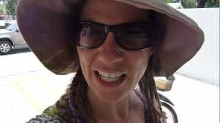 Family Travel Blog - Damn Thailand Is Hot