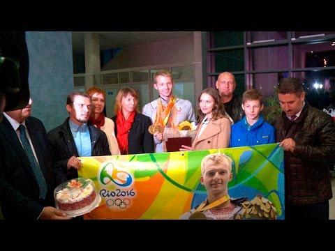 Паралимпийская сборная Беларуси прилетела в Минск