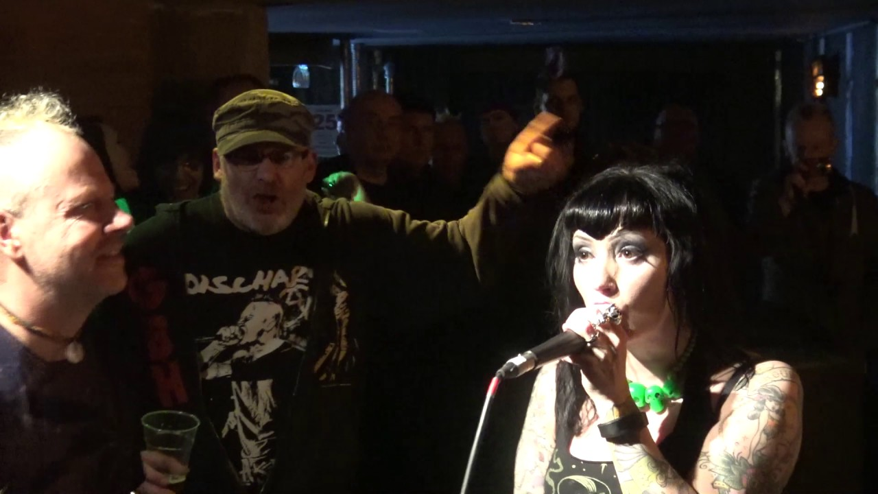 Midlands Punk Rock Video live footage of the UK punk scene