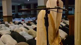Calon Imam Masjidil Harom termuda, Syeikh Abdurrahman Al Ausy mengimami Shalat Isya di  Azzikra