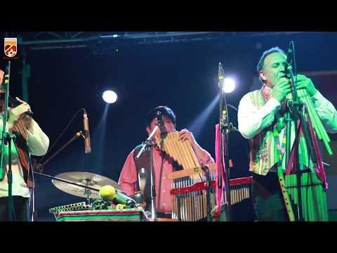 En un repleto Centro Cultural, se vivió la Noche Andina organizada por la Municipalidad de Huechuraba, que contó con música y bailes típicos de Chile, Perú y Bolivia.