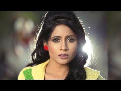 Miss Pooja - Mundeyan Nu Daure Pai Gaye (Official Video)