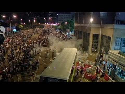 Hong Kong police fire tear gas at democracy protesters