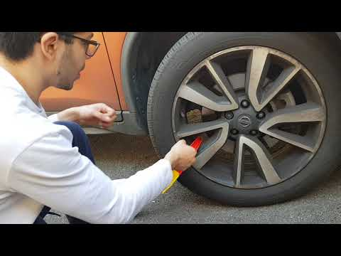 How to remove a clamp - nissan X-trail