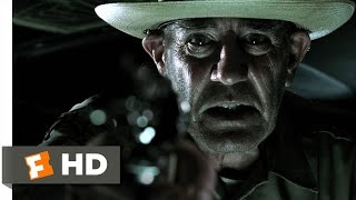 The Texas Chainsaw Massacre (3/5) Movie CLIP - Shooting the Sheriff (2003) HD
