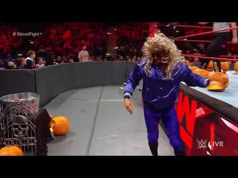 Райно и хит Слейтер vs люка гелоза и Карла эндорсана , матч на Хэллоуин - RAW ( 30 окт 2017)