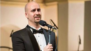 Дмитрий Янковский исполнил песни Исаака Шварца
