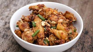 Written recipe at http://www.vickypham.com/blog/spicy-lemon-grass-chicken-ga-chin-sa-ot