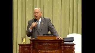 Testimonio Pastor Jose Navarro La Iglesia Pentecostal Del Movimiento Misionero Mundial ( COMPLETO )