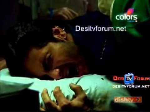 Dutta scene4 - Injured Dutta taken to hospital by Nakku n his operation