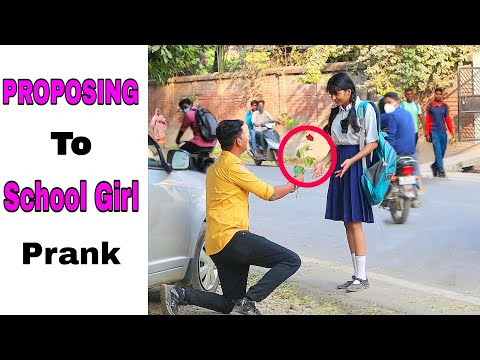 Proposing to School Girl Prank || By Sumit Cool Dubey || Allahabad