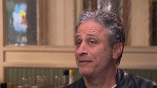 "Video Jon Stewart takes final bows from ""The Daily Show"" MP3, 3GP, MP4, WEBM, AVI, FLV Januari 2019"