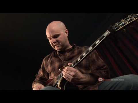 Minor Arpeggio Lesson – How To  – Rock Guitar Lesson – Guitar Tricks 3