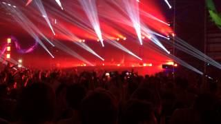 Armin Van Buuren Feat. Richard Bedford - Love Never Came (W&W Vs. Armin Van Buuren Remix)