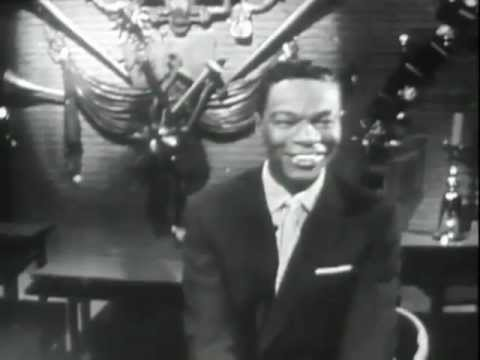Nat King Cole-The Christmas Song (Chestnuts Roasting On An Open Fire)