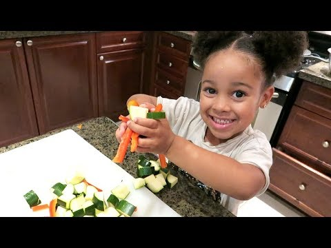 CALI'S FIRST TIME COOKING!!