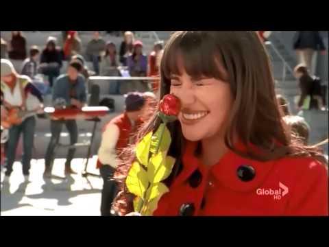 Glee Cast - Stereo Hearts (видео)