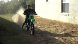 8. KAWASAKI KX500  HOLESHOTING FOR KIDS ON MY 89 KX500