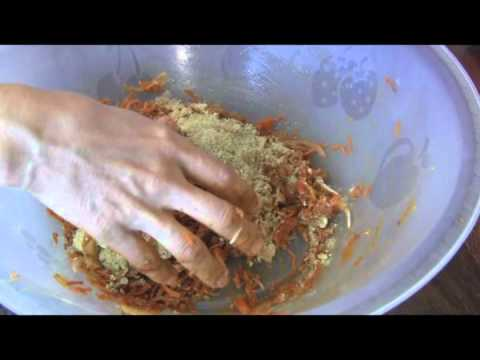 Hamburguesas de zanahoria crudovegetariana