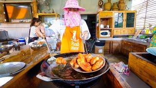 Video Thai Food - 1.5 YEARS WAITING LIST! (Hardest Reservations in Thailand) MP3, 3GP, MP4, WEBM, AVI, FLV Juli 2019