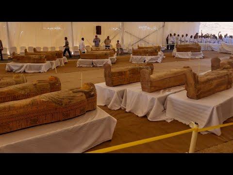 Video - Εντυπωσιακό εύρημα στο Λούξορ - Αρχαιολόγοι έφεραν στο φως 30 ξύλινες σαρκοφάγους με μούμιες - ΒΙΝΤΕΟ