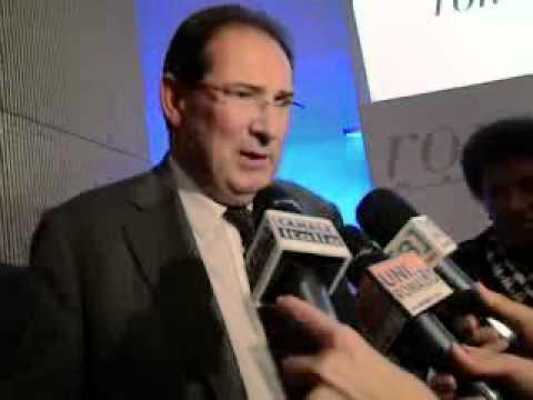 (RI)FACCIAMOCI UNA CULTURA - Il Ministro Giancarlo Galan ed i Bronzi di Riace