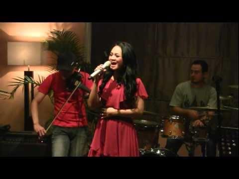 Andien - Cinta @ Mostly Jazz XXI [HD]