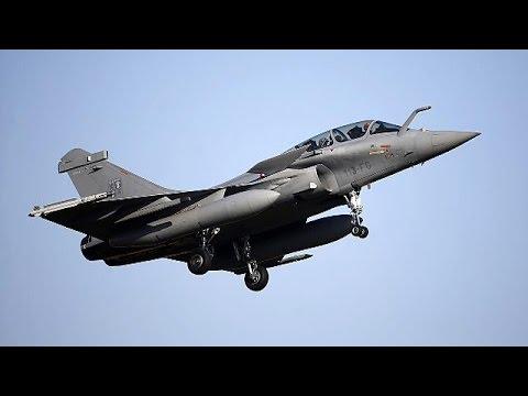 Πρώτες επιδρομές της Γαλλίας στην Συρία εναντίον τζιχαντιστών