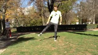 Abducción y elevación de rodilla sobre un apoyo