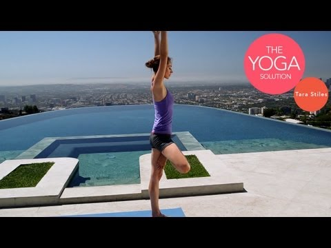 Total Body Holiday Yoga Workout | The Yoga Solution With Tara Stiles (видео)