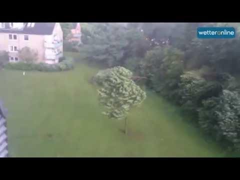 Tornados: Hamburg 07.06.2016 - wetteronline.de - Tornado wütet in Hamburg (07.06.2016)