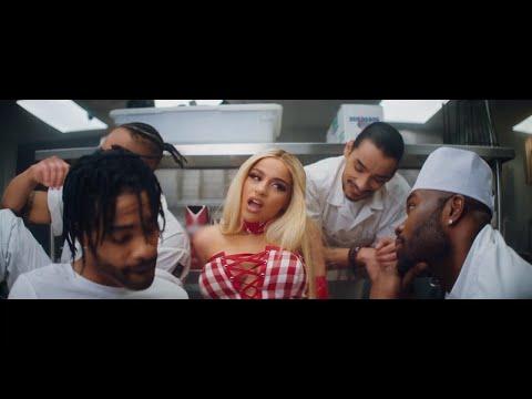 Nikki Vianna - Mambo [Official Music Video]