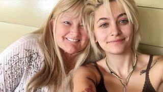 Video Paris Jackson All Smiles With Mom Debbie Rowe Following Chemotherapy Treatments MP3, 3GP, MP4, WEBM, AVI, FLV Juni 2018