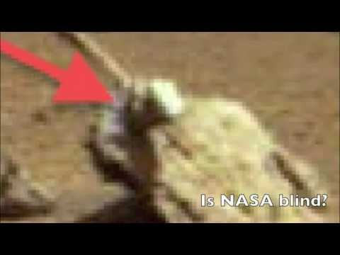 Life on Mars. Latest Evidence 2013 NASA PIC SHIPWRECK?