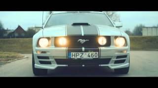 Parduodamo Ford Mustang filmavimas iš oro ir nuo žemės