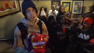 Video Lil Xan took over an EDM show MP3, 3GP, MP4, WEBM, AVI, FLV Mei 2018