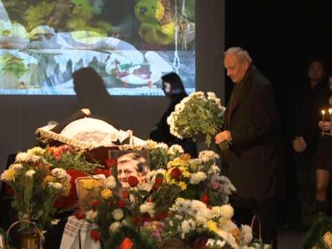 Președintele Nicolae Timofti a participat la funeraliile regizorului de teatru Titus Jucov