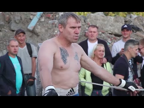 50 years old BOXER vs fat MMA Fighter