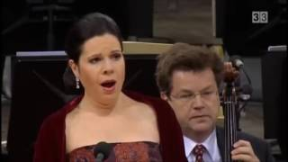 Video Villa Lobos - Bachianas Brasileiras n? 5 Filarmônica de Berlim MP3, 3GP, MP4, WEBM, AVI, FLV Maret 2019