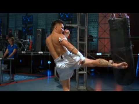 Sport Science (TV Series) - Melchor Menor shows how powerful a muay thai low kick can be. Sports Science shows how shinbone is broken down to become as hard as rock.