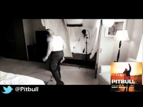 Pitbull ft Danny Merce '' Outta Nowhere '' The Global Warming Listening Party  @drpepper & @Urkel15