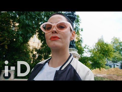 Rose McGowan On Dismantling Hollywood While Visiting a London Farm